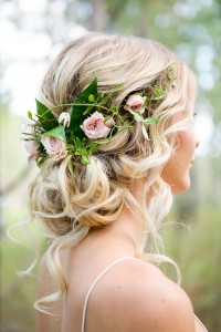 Romantic-Woodland-Wedding-Inspiration-Bride-Hair-3